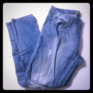 AEO Distressed Jeans 36/32
